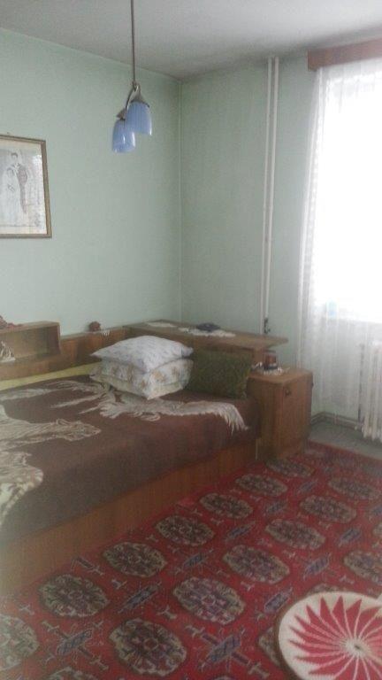 Vanzare apartament 2 camere mobilat zona Tractorul Brasov ,Brasov