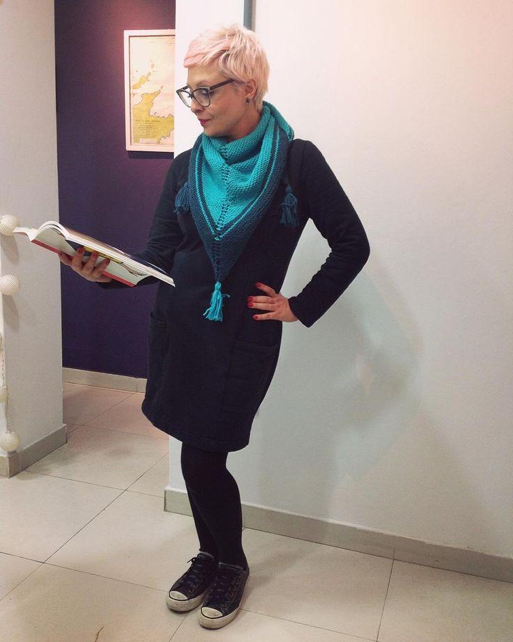 Acabou o Me Made May, mas vai ter look do dia. 😄😆✂️💕👗 Molde #robeludivine @republiqueduchiffon  e cachecol de tricot. 😉 #memadeeveryday #handmadewardrobe #slowfashion #fashion #moda #estilo #costura #knitting
