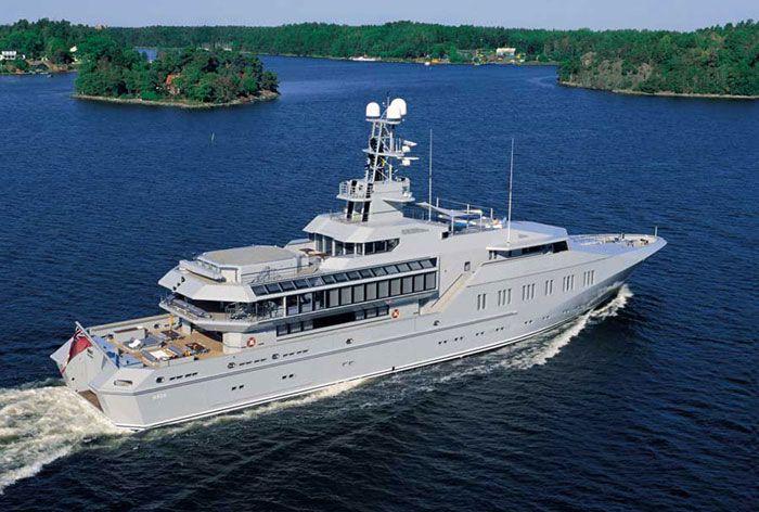 The 50 Most Beautiful Superyachts Ever Built | Superyacht World Skat...