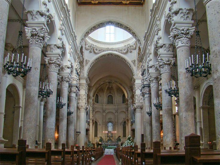 Puglia Lecce4 tango7174 - Basilica di Santa Croce (Lecce) - Wikipedia