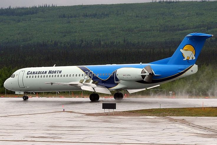 Canadian North Fokker 100 (F-28-0100) C-GPNL deploying the thrust reversers at Norman Wells, July 2006. (Photo: Darian Froese)