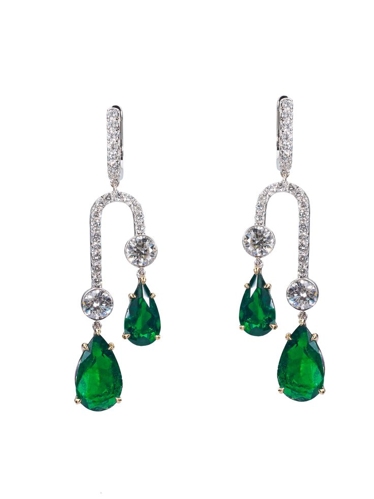 Art-deco Earring with Colombian Emerald and Diamonds