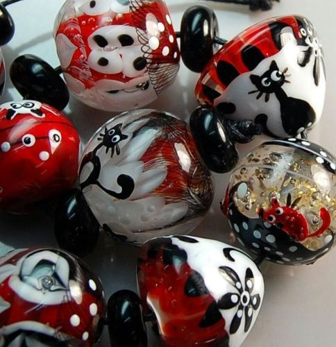 handmade glass lampwork bead 9 cats tos0110 sra