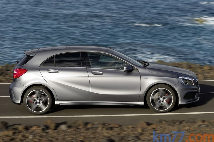 New Mercedes-Benz A Class : looks a lot like the BMW 1 series!