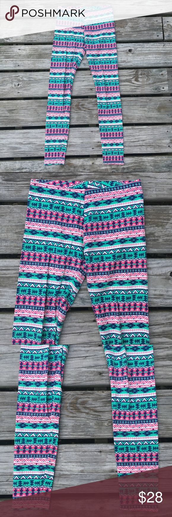 """SEXY AZTEC BOHO TRIBAL SOFT STRETCH LEGGINGS PANTS Tags - Turquoise-Mint / Very Dark Navy Blue / Pink / White Stripe Diamond Triangle Zig Zag Arrow Arrows Geometric Aztec Tribal Native Boho Trippy Groovy Psychedelic Hippie Gypsy Festival SOFT Knit Stretchy Stretch Leggings Pants Skinny Tight Snug Fitted 