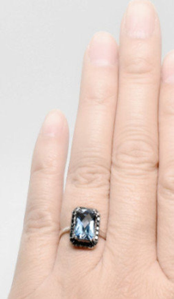 14k White Gold Over 1.5CT Oval Cut London Blue Topaz /& Diamond Halo Wedding Ring