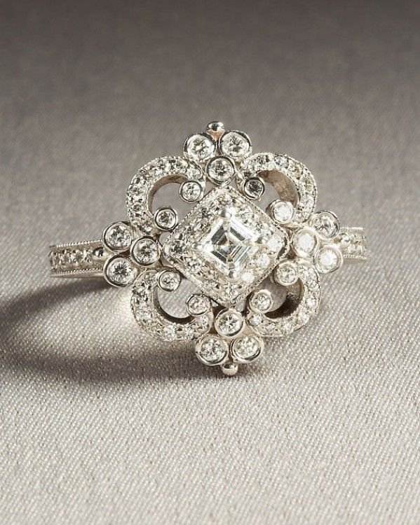 Beautiful Vintage Diamond Engagement Ring   ♥ #ToDieFor #Thursday With  #Capri #Jewelers