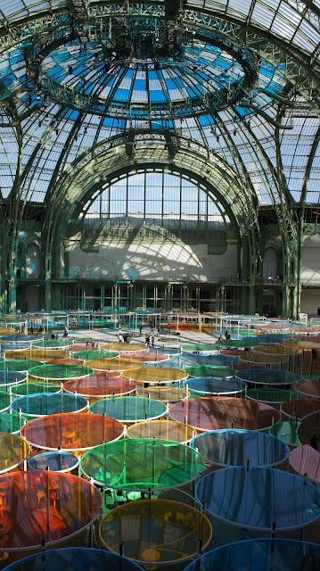 #Momumenta2012 #DanielBuren http://www.parcequ.fr/2012/05/parce-que-monumenta-2012-excentriques.html