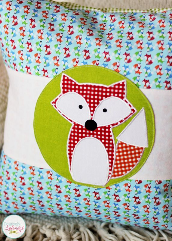 Adorable fox applique design with free templates from Positively Splendid.