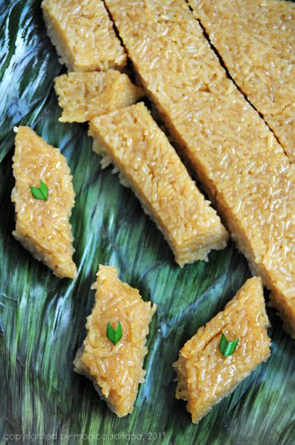 Deserve Desserts: wajik - brown sticky rice cake