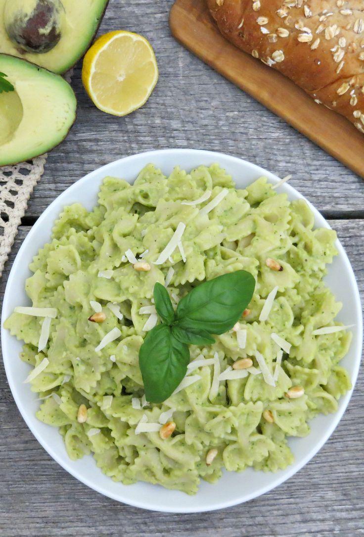 Delicious and Creamy Avocado Pasta Sauce Recipe!