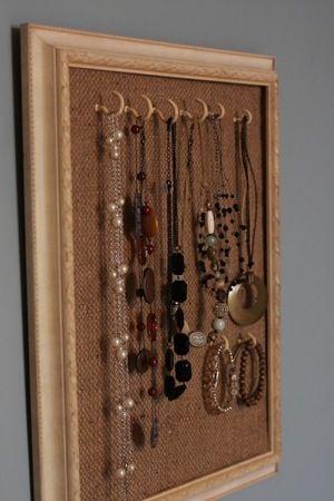 Displays?: Idea, Necklaces Holders, Diy Necklaces, Hanging Necklaces, Necklaces Hangers, Diy Jewelry Holders, Jewellery Holders, Long Necklaces, Necklaces Storage