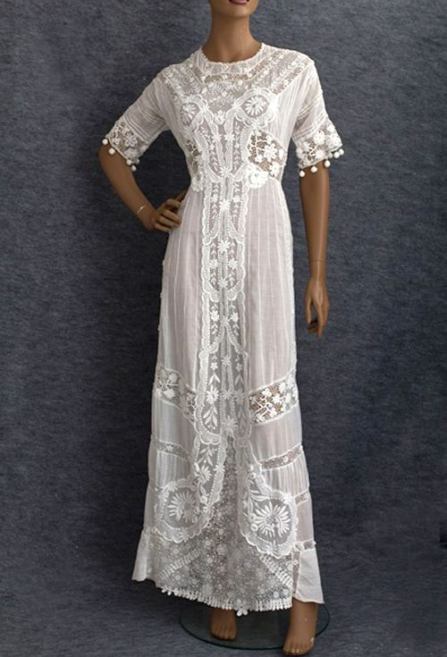 Adored Vintage vintage lace dress. Whitethanwhiteweddings.com