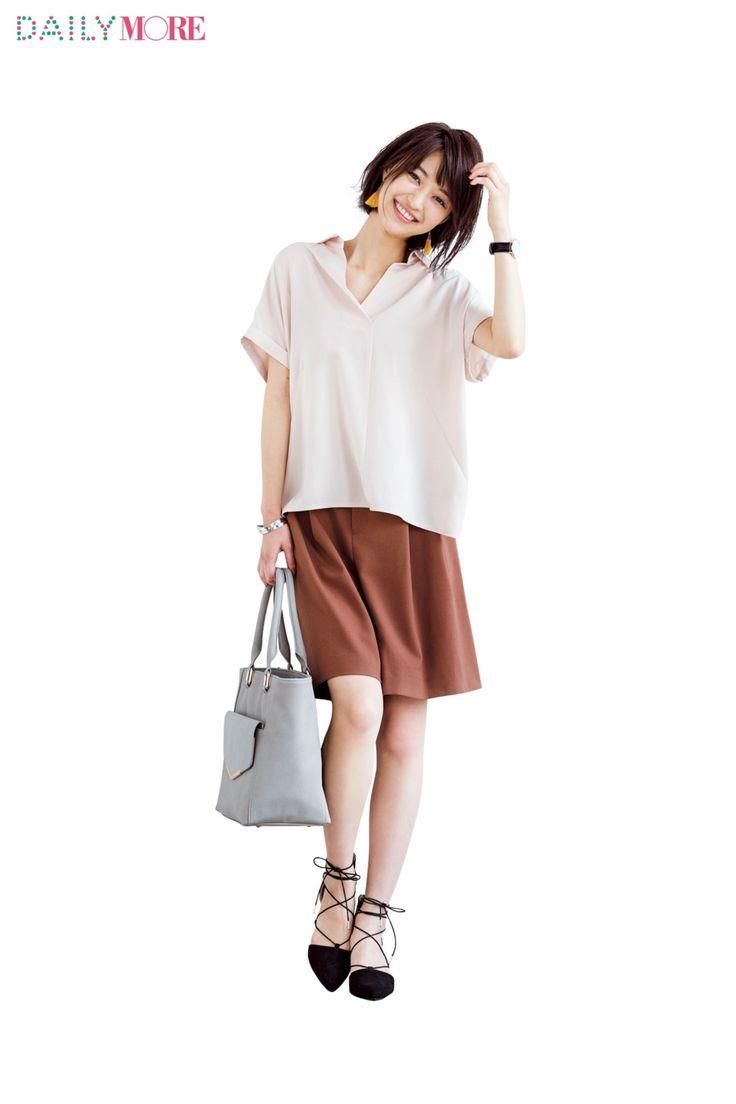 【今日のコーデ/逢沢りな】好感度を上げたい火曜日はピンクのスキッパーシャツが吉! | ファッション(コーディネート・流行) | DAILY MORE