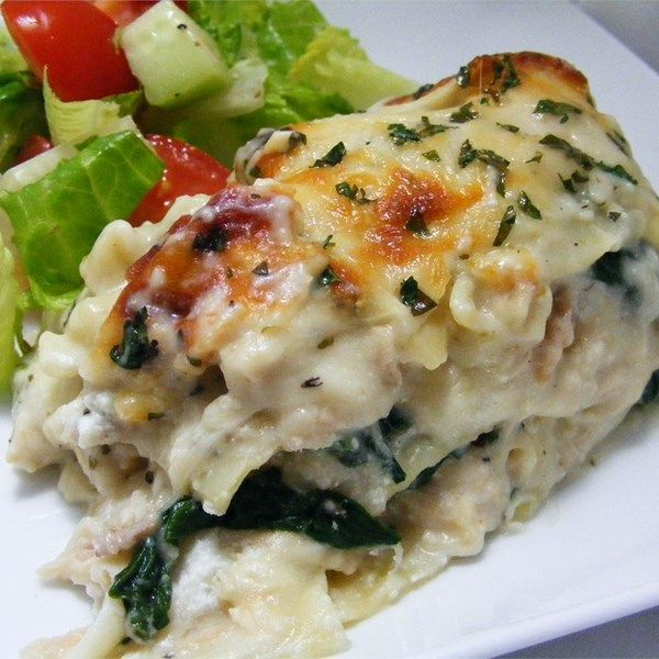 "White Cheese Chicken Lasagna | ""A chicken and spinach lasagna with a creamy white cheese sauce. Great for any kind of pot luck. My kids love it."""