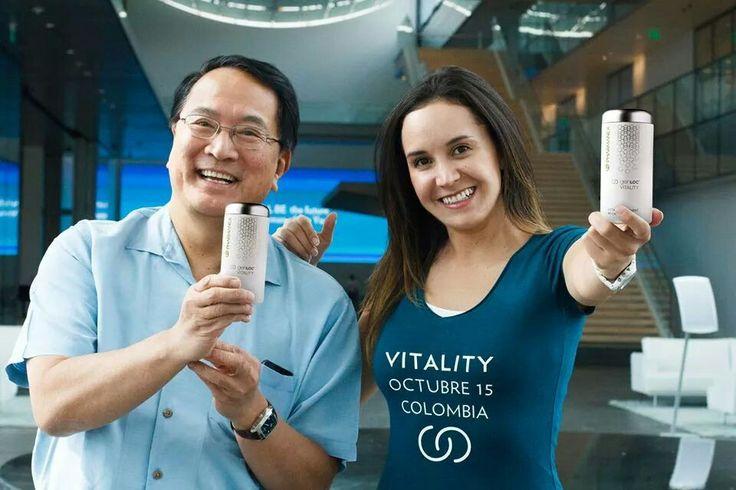 A medida que envejecemos, la capacidad de nuestro cuerpo para generar y utilizar eficazmente la energía puede disminuir, robándonos la vitalidad juvenil. ageLOC Vitality mejora las tres dimensiones de vigor-la vitalidad física, mental INFO 3113041438