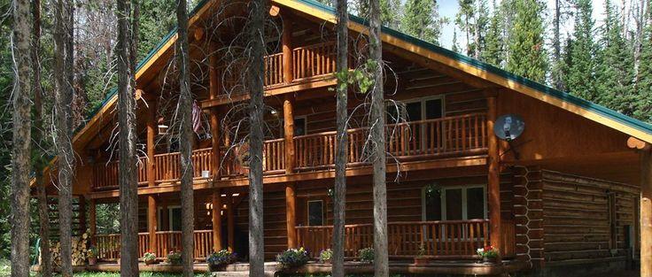 Skyline Guest Ranch log lodge près entrée nord est parc Yellowstone. bof bof