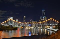 Storey_Bridge_and_Brisbane_CBD_May_2013