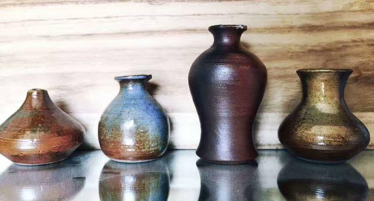 Kleine Vasen, handgefertigt, jede Vase ein Unikat.