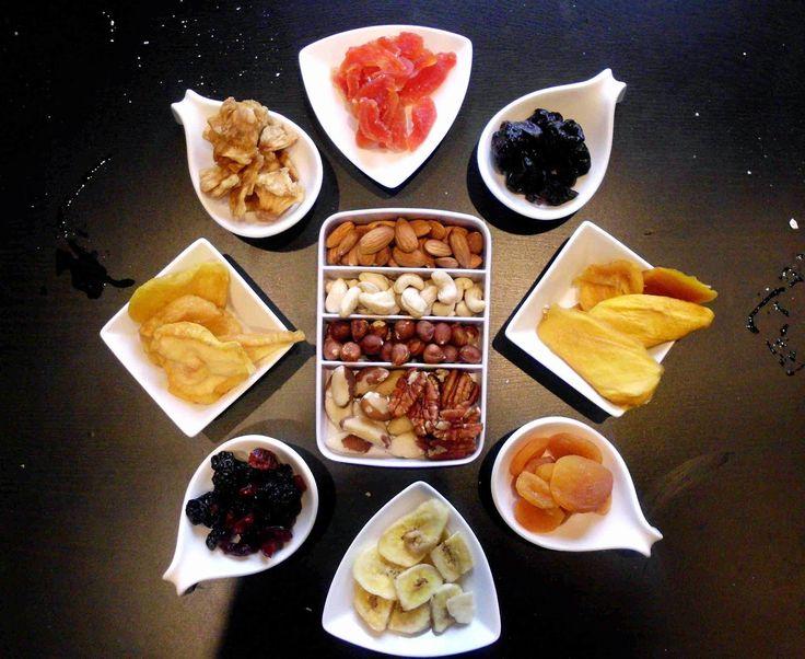 aszalt gyümölcsök, diófélék / Életmódváltás a konyha szekrényben: avagy milyen hozzávalókra lesz szükségem az egészségesebb élethez?