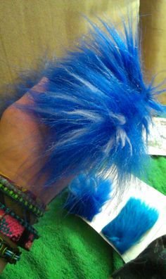 TUTORIAL - Adding yarn to faux fur to change its appearance (Matrices)