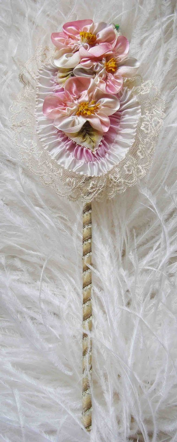Ribbon embroidery bedspread designs - Find This Pin And More On Ribbon Embroidery By Karencoombs