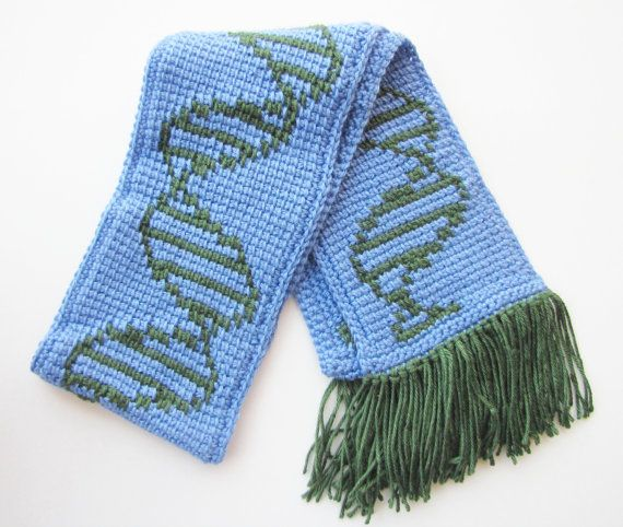 Cute hand-knitted DNA scarf :)Green Soft, Beckyandpam, Dna Scarf, Blue, Dna Biology, Hands Knits Dna, Scarves, Biology Fashion, Biology Scarf