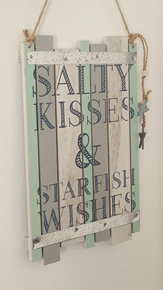 SALTY KISSES & STARFISH WISHES CHIC N SHABBY NAUTICAL WOODEN BEACH SIGN