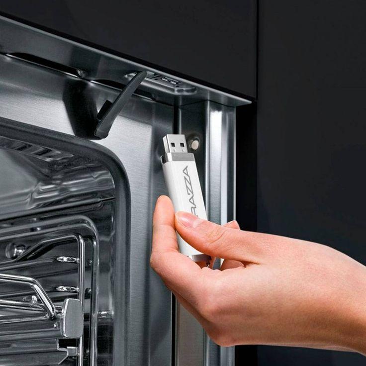 La colección VELVET de los electrodomésticos #BARAZZA cuentan con un innovador sistema de USB para personalizar su cocina. #AmbientesConEstilo