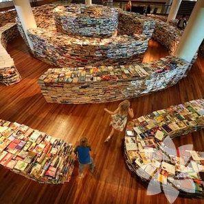 Kitapların arasında kaybolmaya ne dersiniz