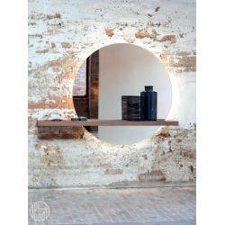 Elegant Spiegel Tonin Casa mit Holzregal in verschiedenen Ausf hrungen verf gbar auch mit LED Beleuchtung