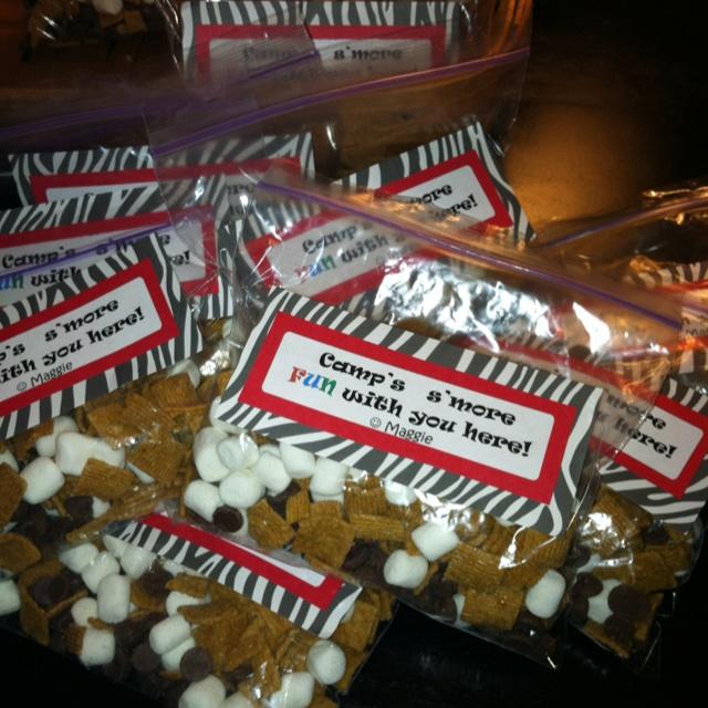 photo gift ideas for senior football - Cheer camp treat bags