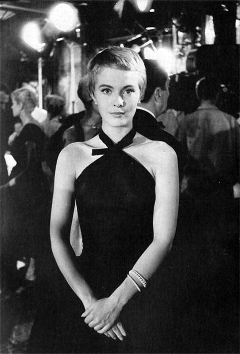 Jean Seberg, early 1960s (November 13, 1938 – August 30, 1979). Died at the age of 40 of a barbiturate overdose in Paris. Her death was ruled a suicide.