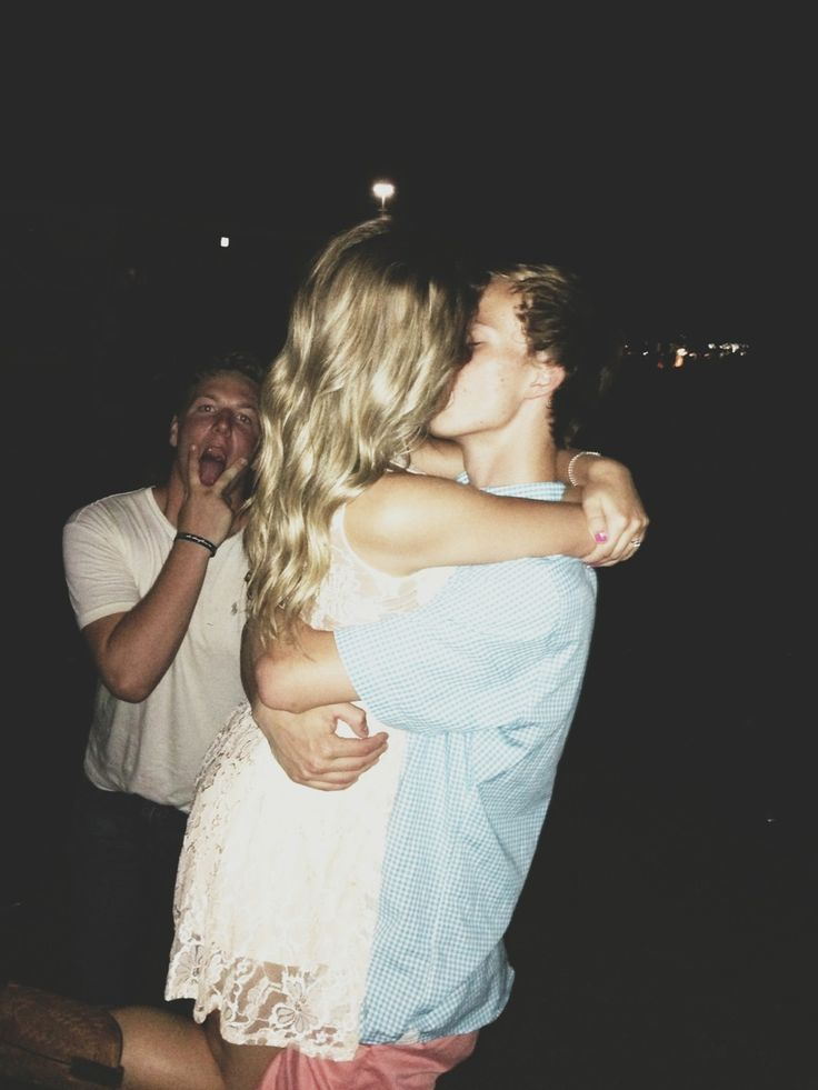 Cute Hugging Couples Wallpapers Tumblr Photo Bomb Cute Love Young Love Couples