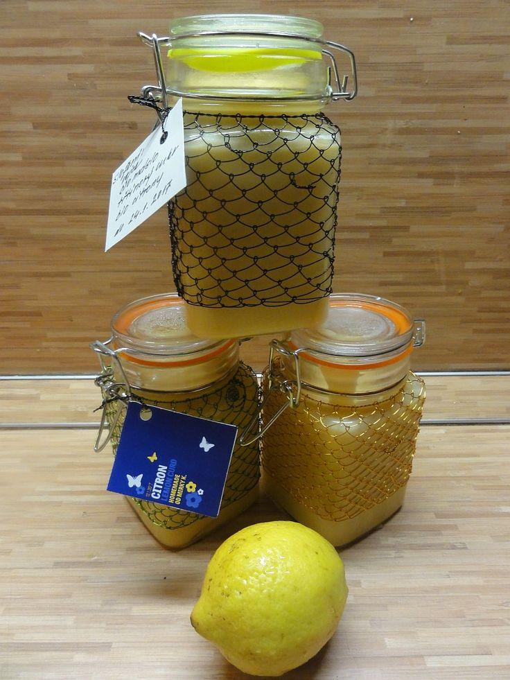Domácí Lemon curd (citronový krém)   recept. Citrusová sezona je v plném proudu a je tedy čas na vyzkoušení domácího ci