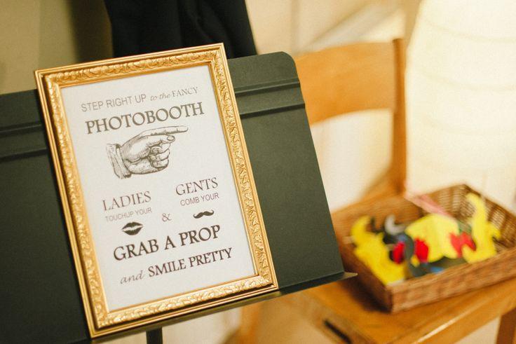 Put som effort into the guestbook and create a Photo Booth. Julia Lillqvist | Jimmie and Pia | bröllopsfotograf Jakobstad | http://julialillqvist.com