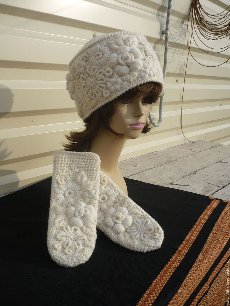 """Купить Комплект """"Наталья"""",шапка и варежки, ручная работа - белый, цветочный, шапка, варежки, шерсть"""