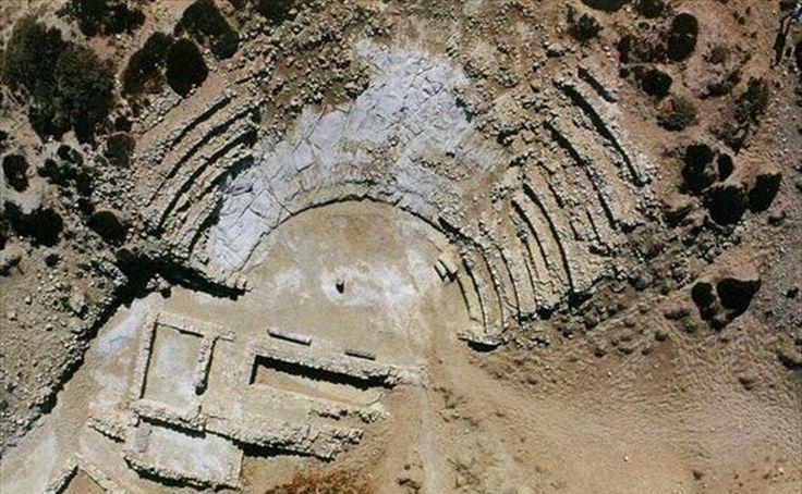 Αρχαίο θέατρο Κουφονησίου Λεύκης - Lefkis theatre