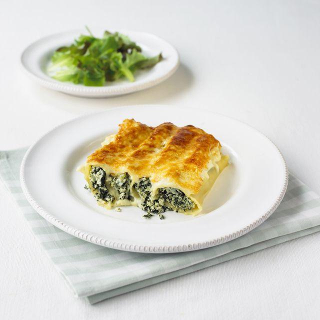 Spinach and Ricotta Cannelloni (Cannelloni ricotta e spinaci)