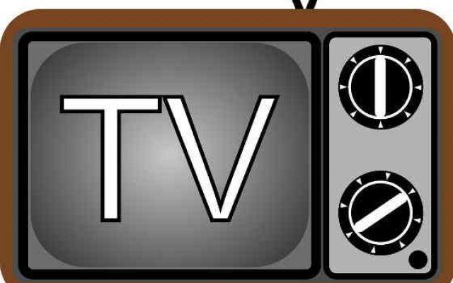 Far diventare una Smart TV il vecchio televisore di casa ormai vintage I vecchi televisori con tubo catodico e i modelli lcd senza connessione internet possono essere facilmente trasformati in smart TV per vedere programmi in streaming come Netflix o Infinity. E quando  #smarttv #televisore #netflix #streaming