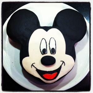 Tutoriel Gâteau Mickey en pâte à sucre