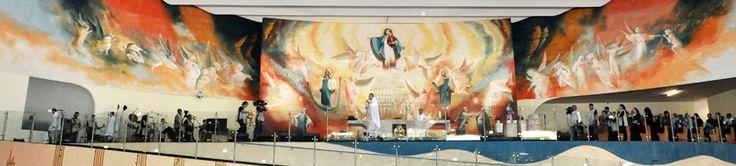 Coincidence at Altar ? Similarity with Grey's face at Sanctuary  http://www.lavras24horas.com.br/portal/padre-marcelo-rossi-ergue-o-maior-templo-catolico-do-brasil-em-sao-paulo/