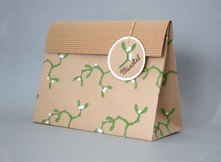 Lernyeiné Schäffer Mária, ajándék tasak /  Lernyeiné Schäffer Mária, packaging