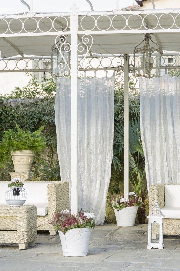 Oltre 10 fantastiche idee su gazebo da giardino su for Colonne da giardino