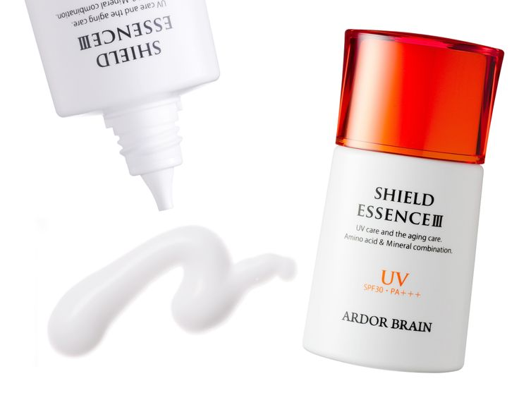 アーダブレーン シールドエッセンスIII SPF30PA+++日焼け止め美容液! 気になるニオイも白浮きもないので、化粧下地に最適です。 専用クレンジング剤不要、石けんだけで落とせます。