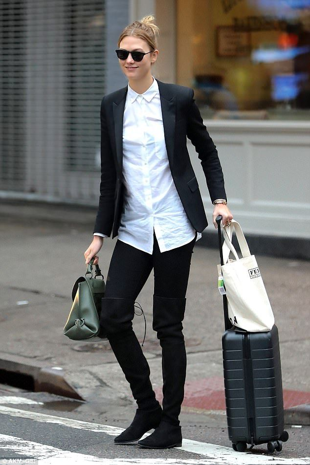 Here she comes:It was back to business as Karlie Kloss left her New York City home ahead ...