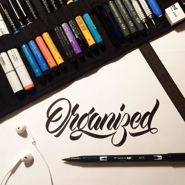 191/366. Like seeing my pens organized 🙃 #typegang #goodtype #strengthinletters #ligaturecollective #typespire #typism #calligritype #typetopia #handtype #handmadefont #typematters #thedailytype #366dayproject #366project #366daysoflettering #365daysofletters #365dayproject #brushlettering #lettering #handlettering #brushscript #brushtype #letters #calligraphy #kalligrafi #type #typedesign #typography #customtype