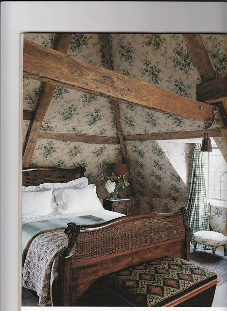 English Country - Hydrangea Hill Cottage. Wooden beams, wooden bed
