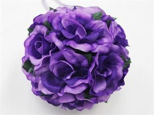 Wedding kissing balls are a great addition to any wedding. Comes in 6 different colours