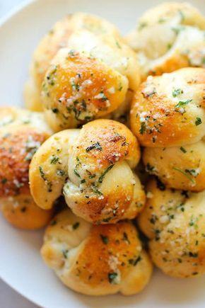 ♥ Inevitabile Bontà♥ Nodini di pane all'aglio